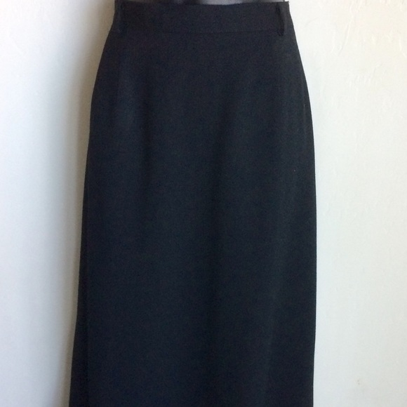 Austin Reed Skirts Austin Reed Straight Lined Black Skirt Size 6 Poshmark